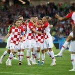 Eigentor und Elfmeter lassen Kroatien jubeln