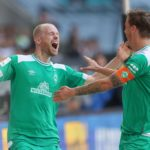 Werder jubelt dank Giefer-Patzer in Augsburg