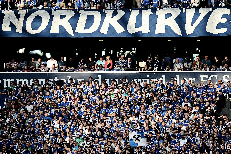 Borussia dortmund stadion fans